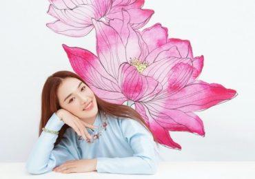 'Tân binh hoa sen' Hoàng Duyên tôn vinh văn hóa Việt qua bộ ảnh chụp cùng cổ phục triều Nguyễn