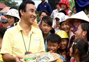 'Hạnh phúc của người nghèo là hành trang của Quyền Linh'